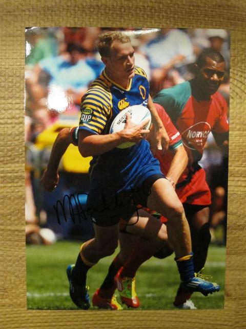 オタゴで活躍するMatt Faddes選手の サイン入り写真