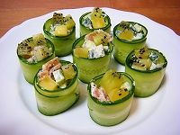 NZ産キウイときゅうりのロールサラダ