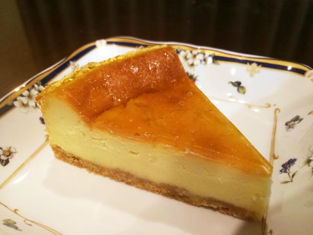 NZ産チーズのベイクドチーズケーキ