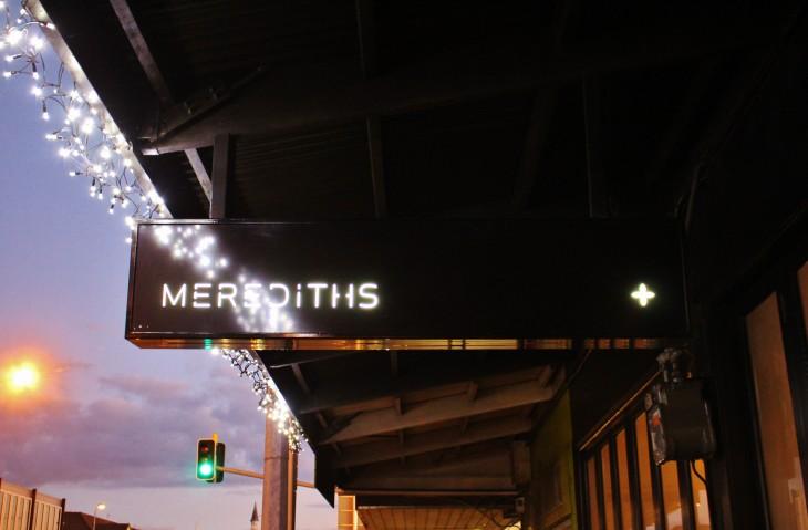 オークランドの人気レストラン 「Merediths」 でのドネーションディナー